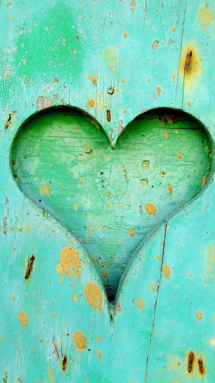 عکس زمینه قلب سبز چوبی پس زمینه