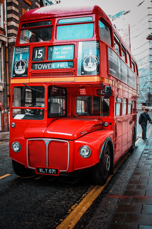 عکس زمینه اتوبوس دو طبقه سرخ لندن پس زمینه