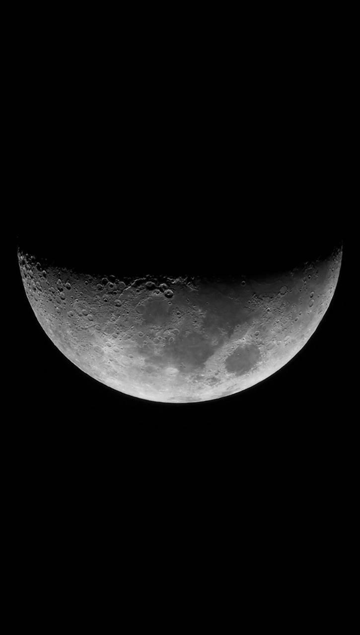 عکس زمینه نیمه ماه سیاه و سفید پس زمینه