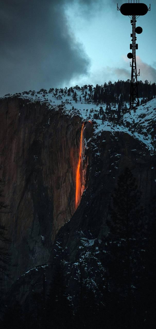 عکس زمینه آتش نشان در برف پس زمینه