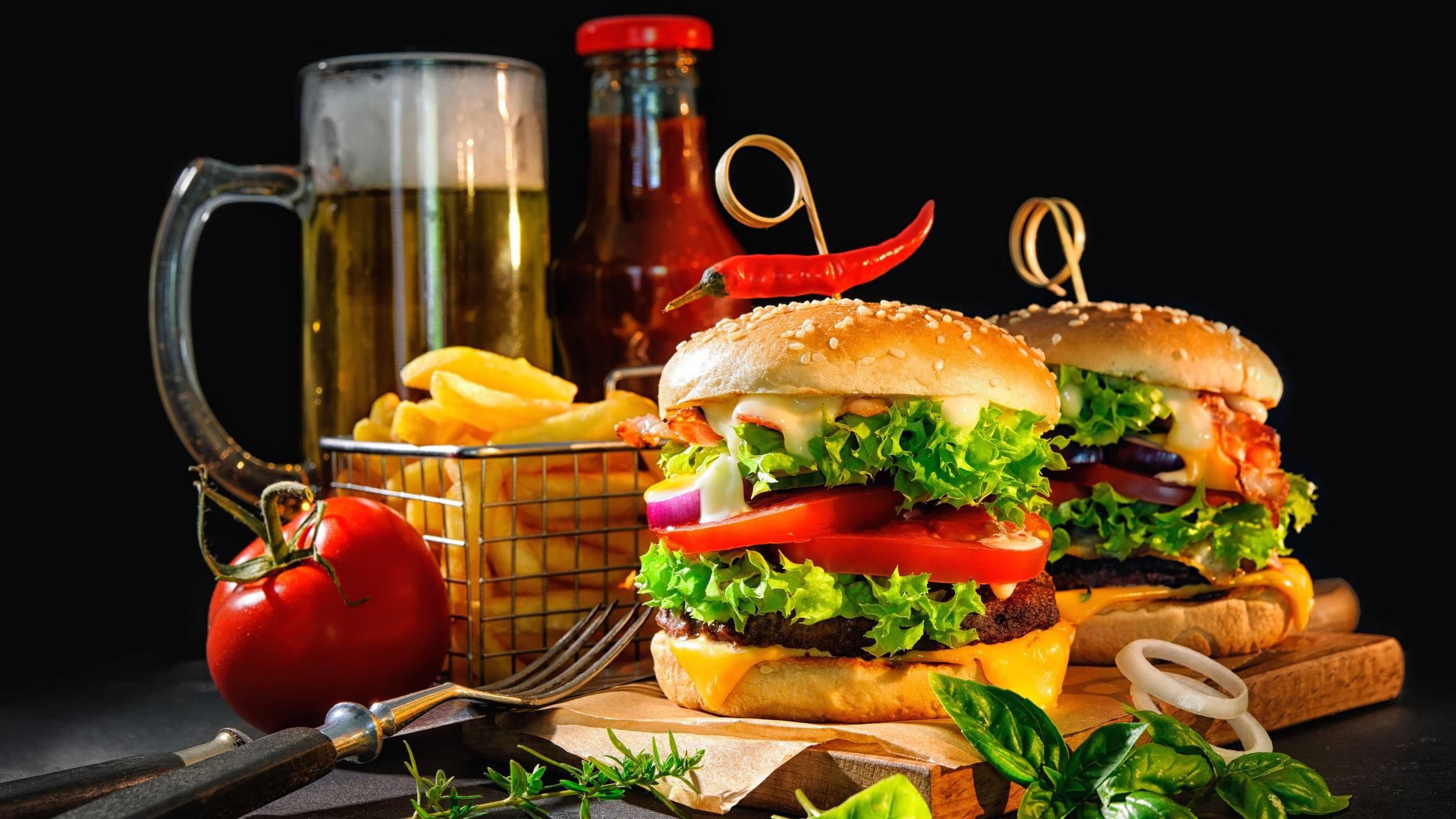عکس زمینه غذای همبرگر فست فود پس زمینه