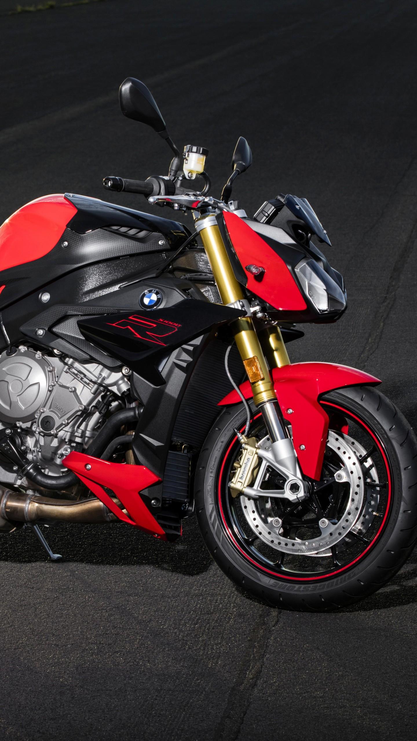 عکس زمینه موتور بی ام دبلیو قرمز رنگ BMW S1000 پس زمینه