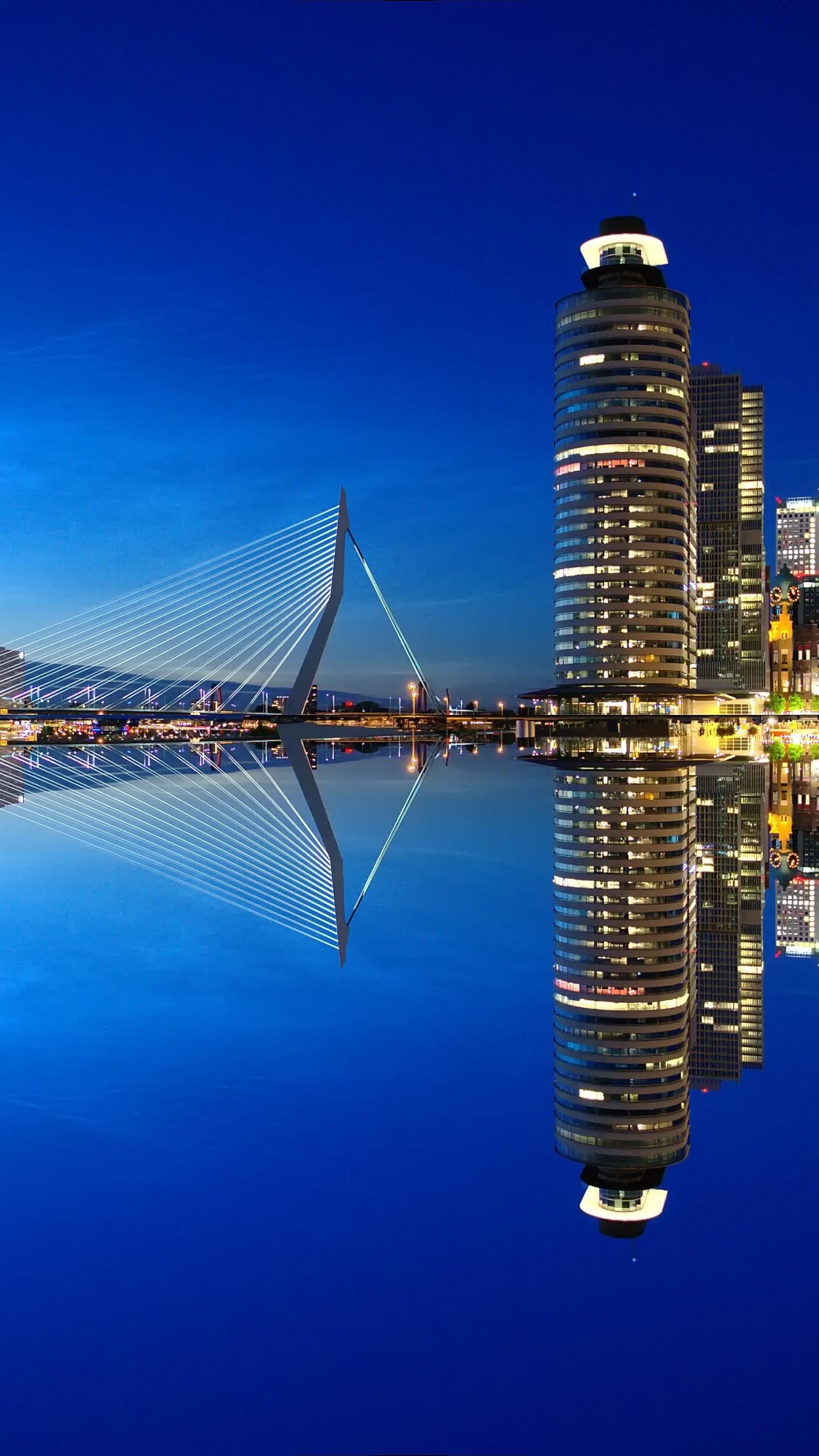 عکس زمینه رودخانه ای در شهرروتردام هلند پس زمینه