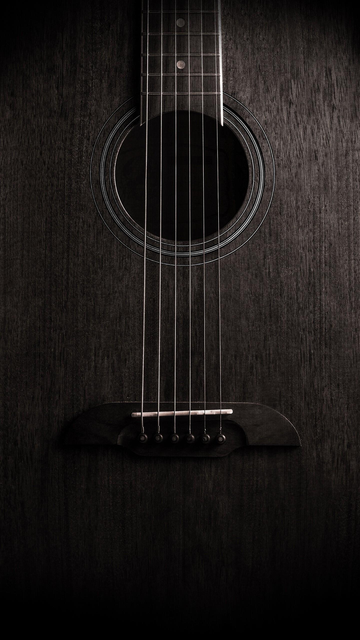 عکس زمینه گیتار با پس زمینه تاریک پس زمینه