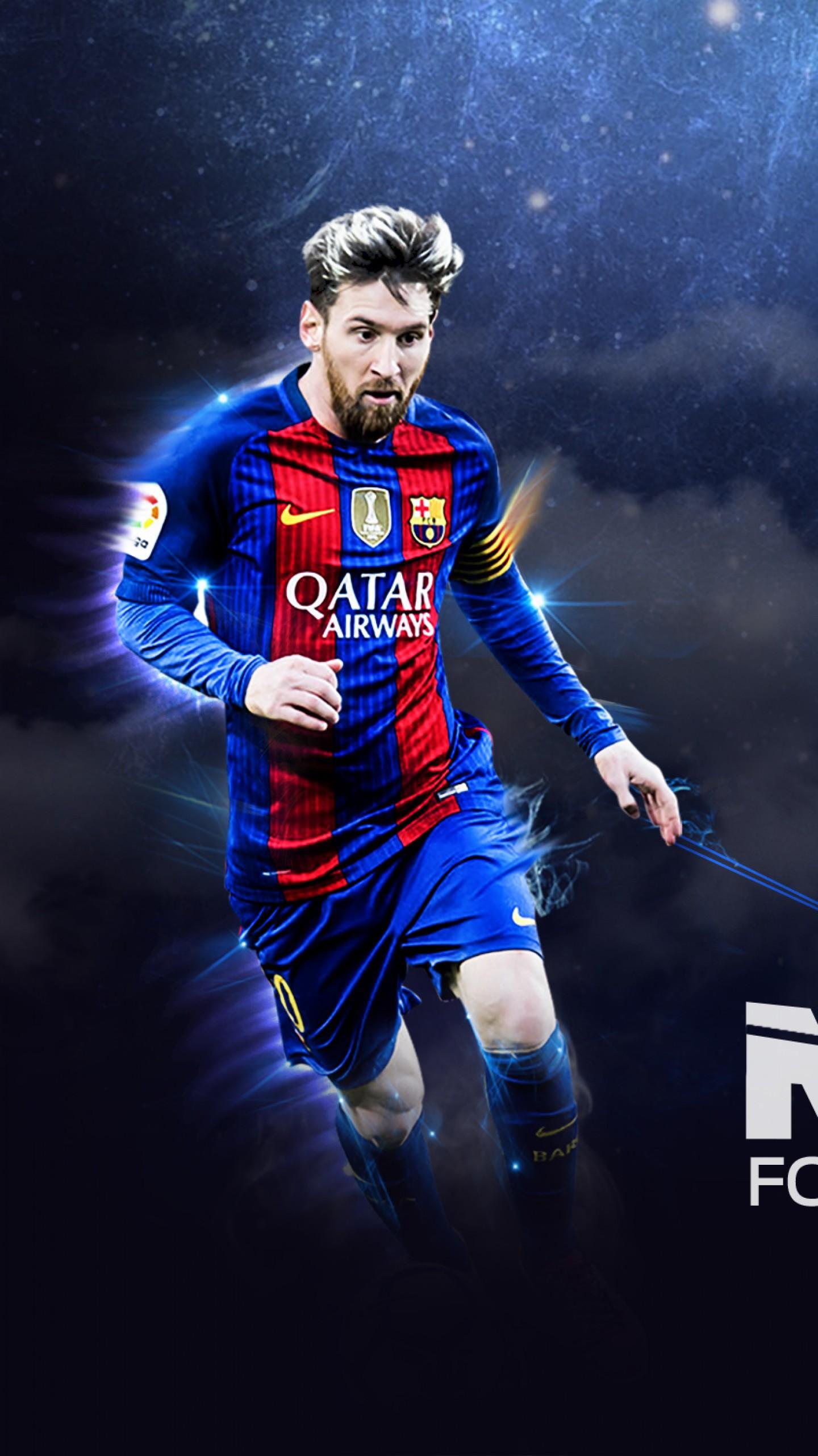 عکس زمینه لیونل مسی با بازوبند کاپیتانی تیم بارسلونا پس زمینه