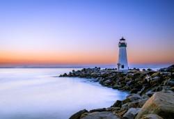 عکس زمینه فانوس دریایی