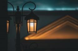 عکس زمینه لامپ تیر برق