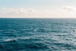 عکس زمینه چشم انداز آب دریا