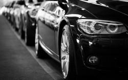 عکس زمینه BMW کوپه سیاه