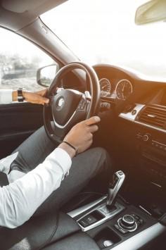 عکس زمینه نمای داخلی خودرو bmw