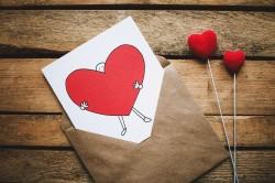 عکس زمینه قلب در پاکت