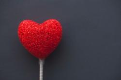 عکس زمینه قلب قرمز بزرگ