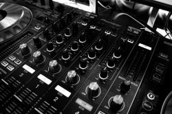 عکس زمینه دستگاه DJ