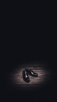 عکس زمینه هنری کفش مشکی