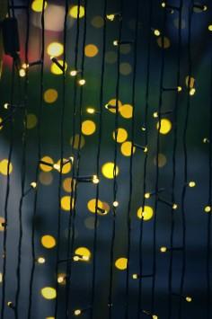 عکس زمینه رشته چراغ زرد
