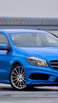 عکس زمینه ماشین بنز آبی زیبا