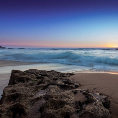 عکس زمینه LG G5 ساحل و سخره
