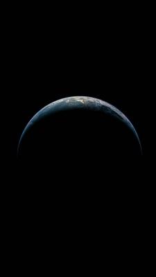 عکس زمینه زمین آیفون