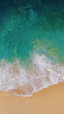 عکس زمینه ساحل دریا iOS 11