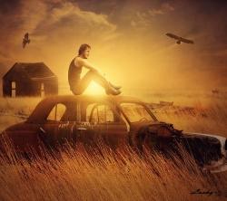 عکس زمینه پسر و ماشین قدیمی