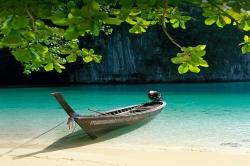 عکس زمینه قایق برکه