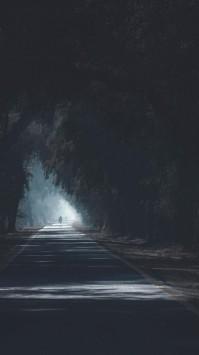 عکس زمینه جاده تاریک و ترسناک