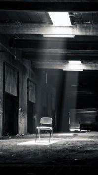 عکس زمینه سیاه و سفید مکان متروکه