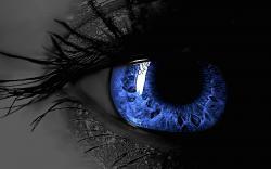 عکس زمینه چشم آبی سه بعدی ترسناک