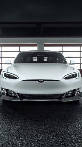 عکس زمینه مدل جدید اتومبیل تسلا سفید رنگ