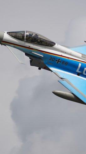 عکس زمینه هواپیمای نظامی نیروی هوایی آلمان