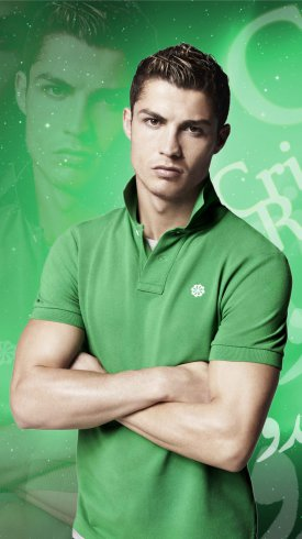 عکس زمینه کریستیانو رونالدو با لباس سبز رنگ