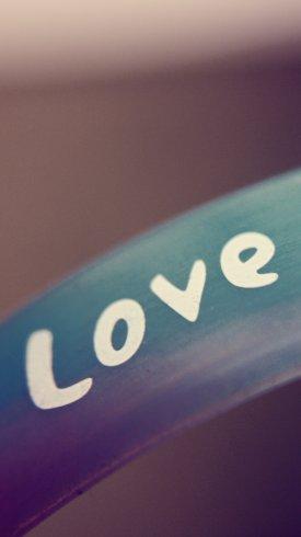 عکس زمینه گروه موسیقی عاشقانه Love