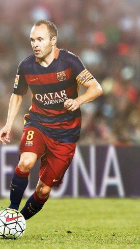 عکس زمینه آندرس اینیستا در لباس تیم بارسلونا