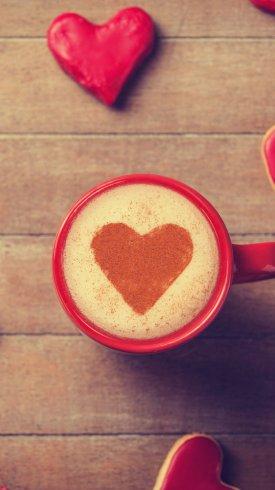عکس زمینه فنجان قهوه قرمز رنگ با شکل قلب