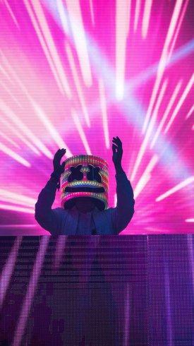 عکس زمینه چراغ های نئون در کنسرت موسیقی