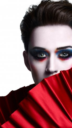 عکس زمینه چهارمین آلبوم استودیویی خواننده آمریکایی کیتی پری